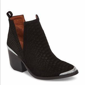 Jeffrey Cambell Cromwell cutout western boot